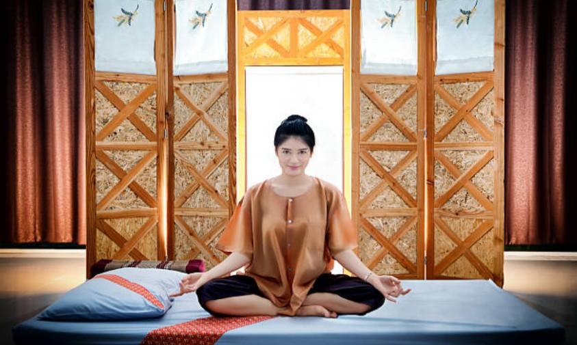 Thai Cha-da Massage 1