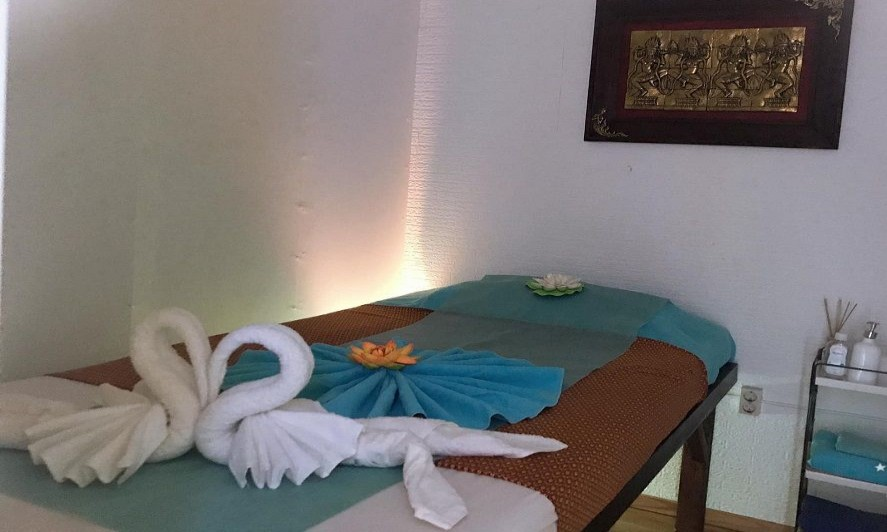 SKY Thaimassage 4